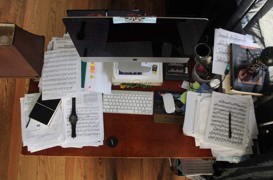 Why you need a clutter free workspace